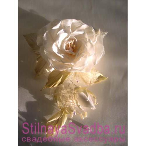 Комплект из трех цветков роз. Фото 000.