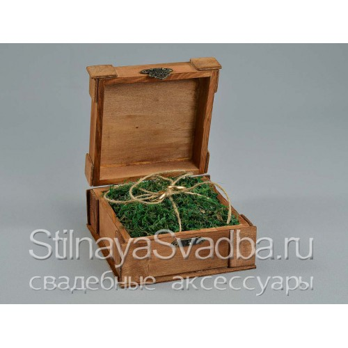 Фото. Шкатулка  рустикальнаяс подушечкой изо мха