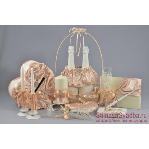 Коллекция свадебных аксессуаров в персиковом цвете фото