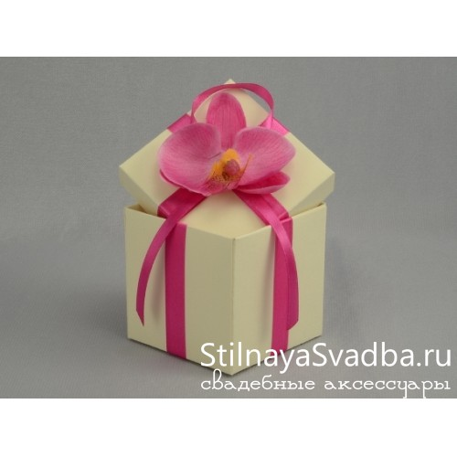Бонбоньерка с розовой орхидеей фото