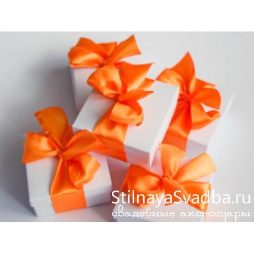 Бонбоньерка с оранжевой ленточкой. фото