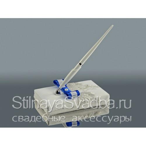 Ручка на подставке с синим бантом фото