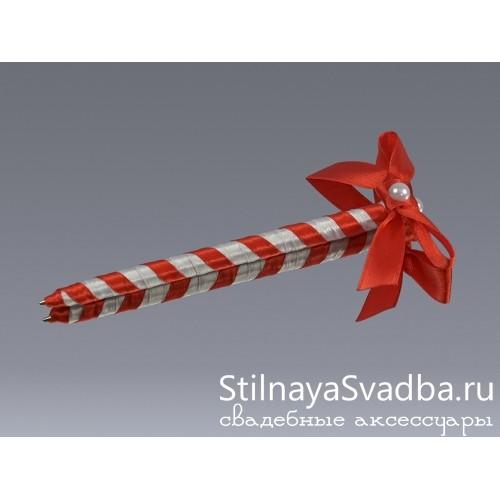 Фото. Ручка с красным бантом
