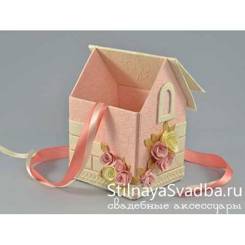 Очаровательный домик с открывающийся крышей. Фото 000.