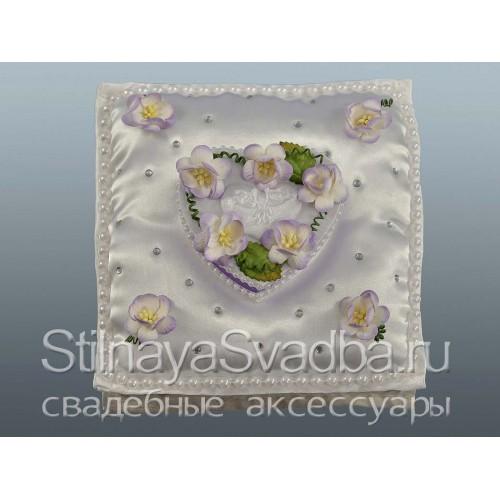 Подушечка Сиреневая нежность с цветочками фото