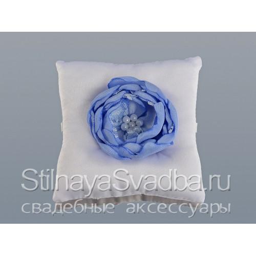 Подушечка для колец в небесно-голубом цвете. Фото 000.