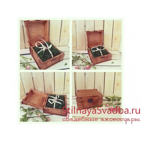 Фото. Рустикальная шкатулка с подушечкой изо мха