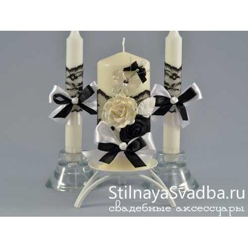 Чёрно- белые свечи. Фото 000.