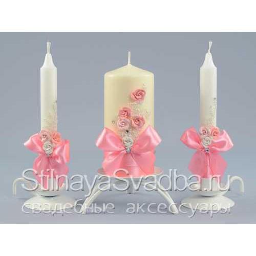 Свадебные свечи с цветами в розовом цвете фото