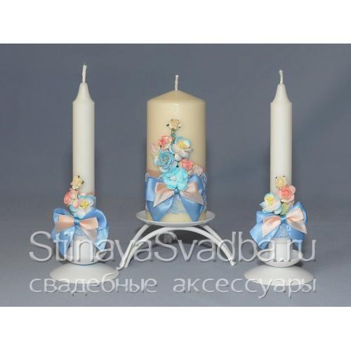Фото. Свечи в персиково-голубых тонах