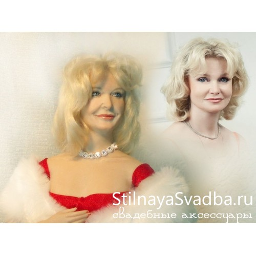 """Lady in red""-3 портретная кукла фото"