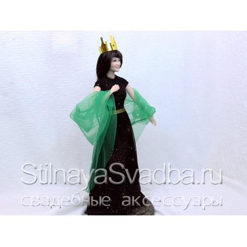 Портретная кукла девушки в короне. Фото 000.