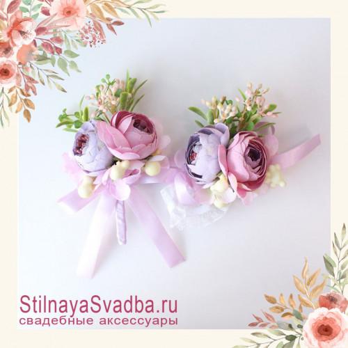 Бутоньерки с ранункулюсами розово- сиреневые фото