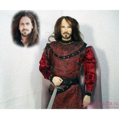 Портретная кукла рыцаря фото