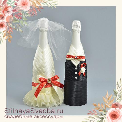 Свадебное шампанское с вишнёвым  цветовым акцентом фото