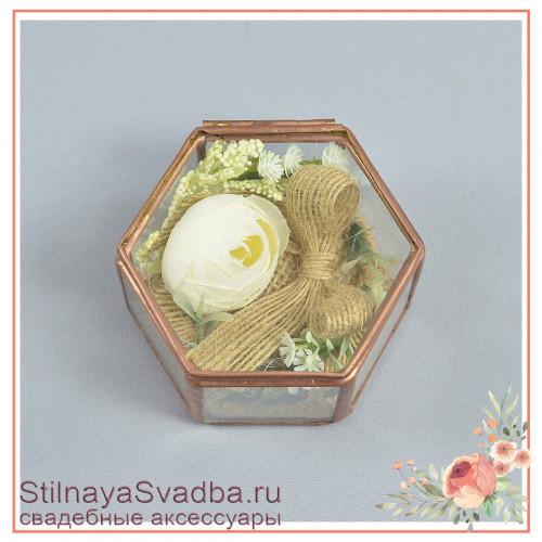Стеклянная шкатулка в бронзе с белым ранункулюсом фото