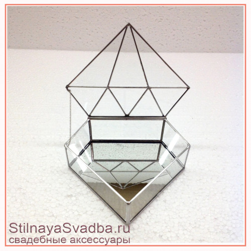 Стеклянная  шкатулка в форме бриллианта серебряная фото