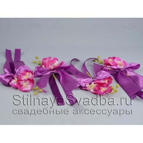 Браслеты с орхидеями  в ассортименте. Фото 000.