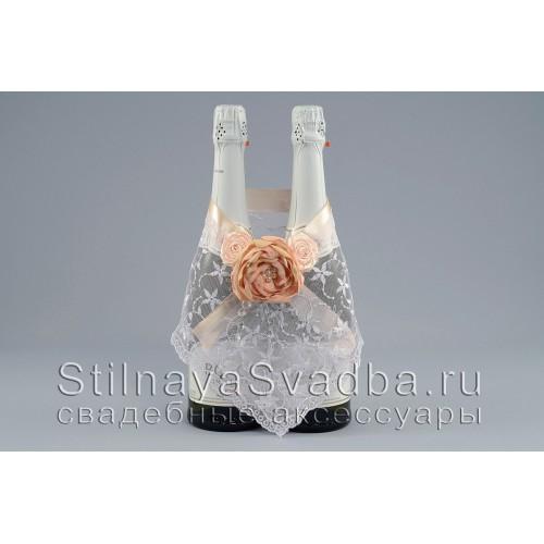 Фото. Съёмное украшение для шампанского  в персиково- пудровых тонах