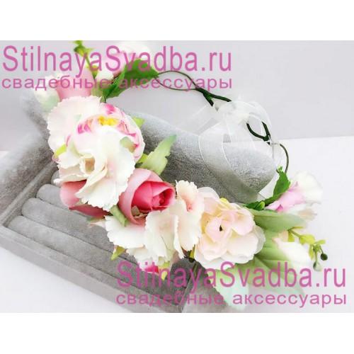 Браслет с розовыми и белыми цветами фото