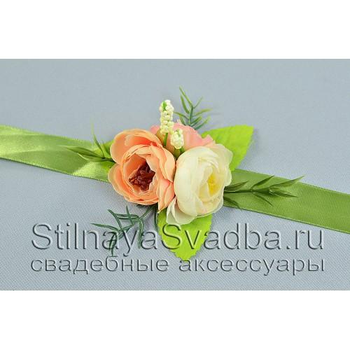 БРАСЛЕТ С РАНУНКУЛЮСАМИ, персиковый- айвори- розовый фото