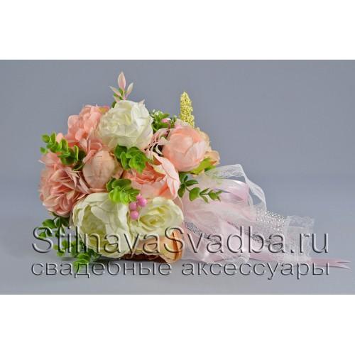 Букет невесты  в бело - розовых тонах фото