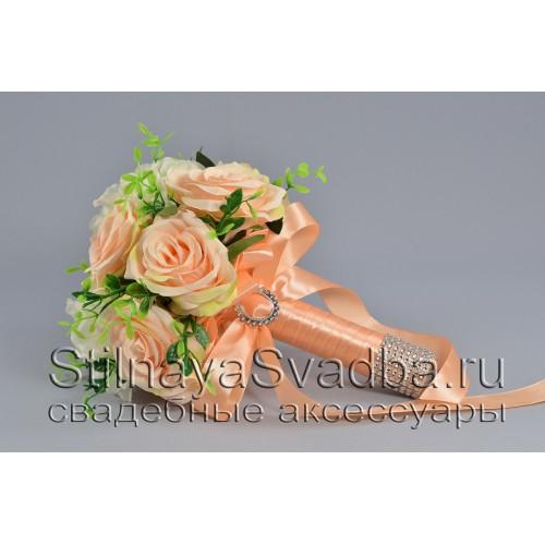 Персиковый букет из роз и гортензии фото
