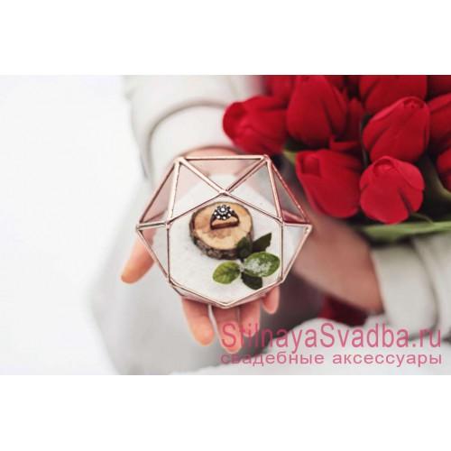Флорариум для кольца  на помолвку  с деревянным спилом фото