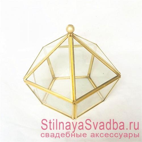 Стеклянная шкатулка с крышкой в форме икосаэдра фото