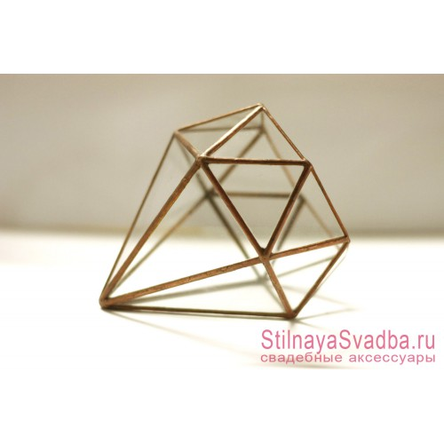 Геометрический флорариум в форме бриллианта фото