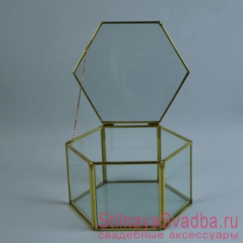 Геометрический флорариум в форме  шестигранной призмы фото