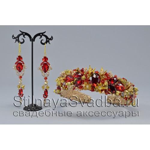 Ободок и серьги из хрустальных бусин и кристаллов в красном цвете фото