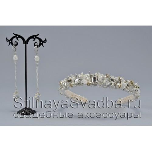Свадебный комплект из  хрустальных бусин и кристаллов серебряного цвета фото