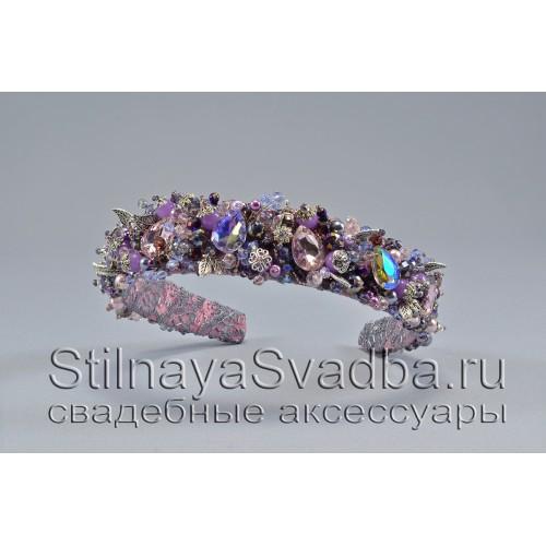 Ободок  из хрустальных бусин и  кристаллов в фиолетовом цвете фото