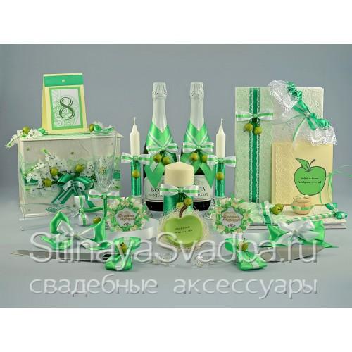 Яблочная коллекция свадебных аксессуаров  фото