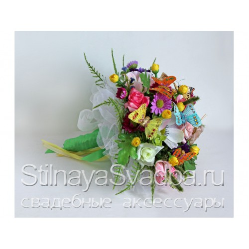 Необычный букет невесты из бабочек  фото