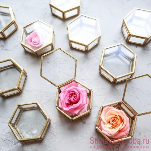 Стеклянная шкатулка для колец  с бутоном розы фото