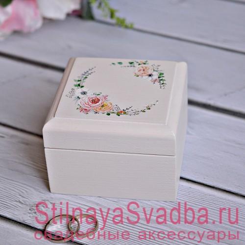 Свадебная шкатулка цвета слоновой кости с веночком фото