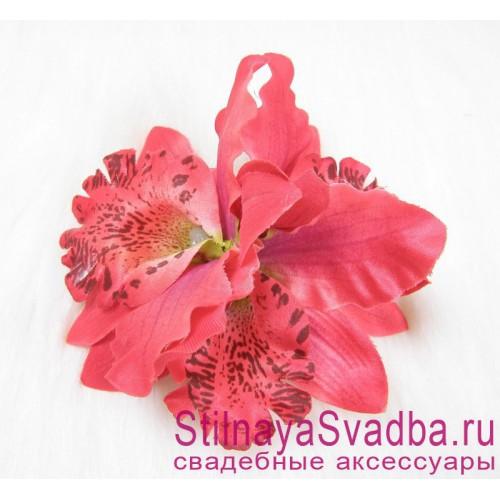 Заколка с орхидеями  в прическу тройная красная фото